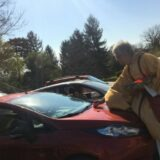 Autósmiséket tart a Fejér megyei Előszállás plébánosa