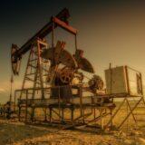 Összeomlott az olajpiac, negatívban van az amerikai típusú nyersolaj ára