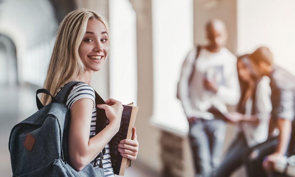 ITM: már lehet jelentkezni az egyetemek, főiskolák szeptemberben induló képzéseire