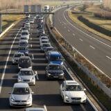 Több kilométeres a torlódás az M7-esen a Balaton felé