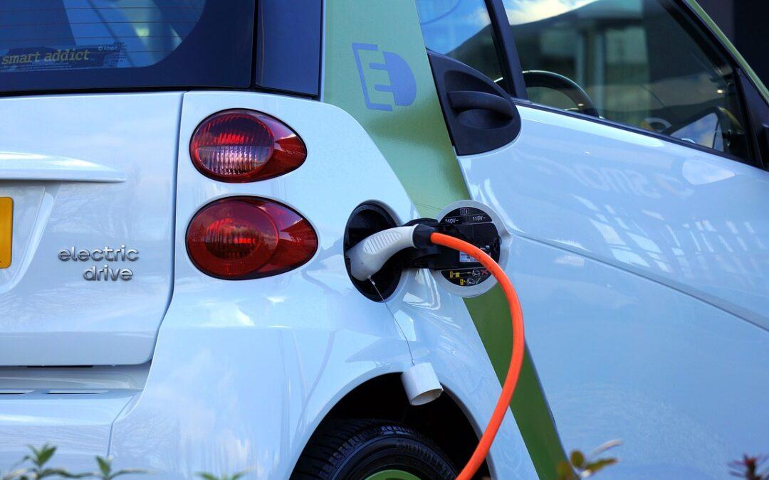 Bárki részt vehet a hazai elektromosautózás jövőjének alakításában!