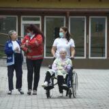 Holnaptól látogathatunk az idősek otthonában
