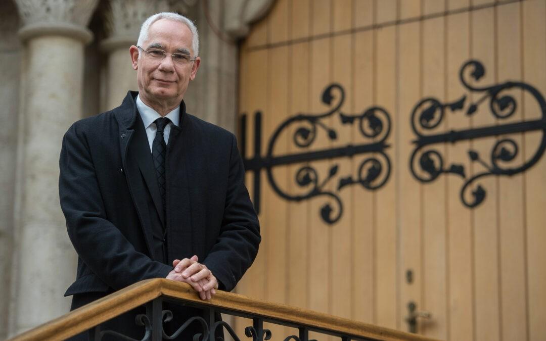Beiktatták hivatalába Balog Zoltán református püspököt