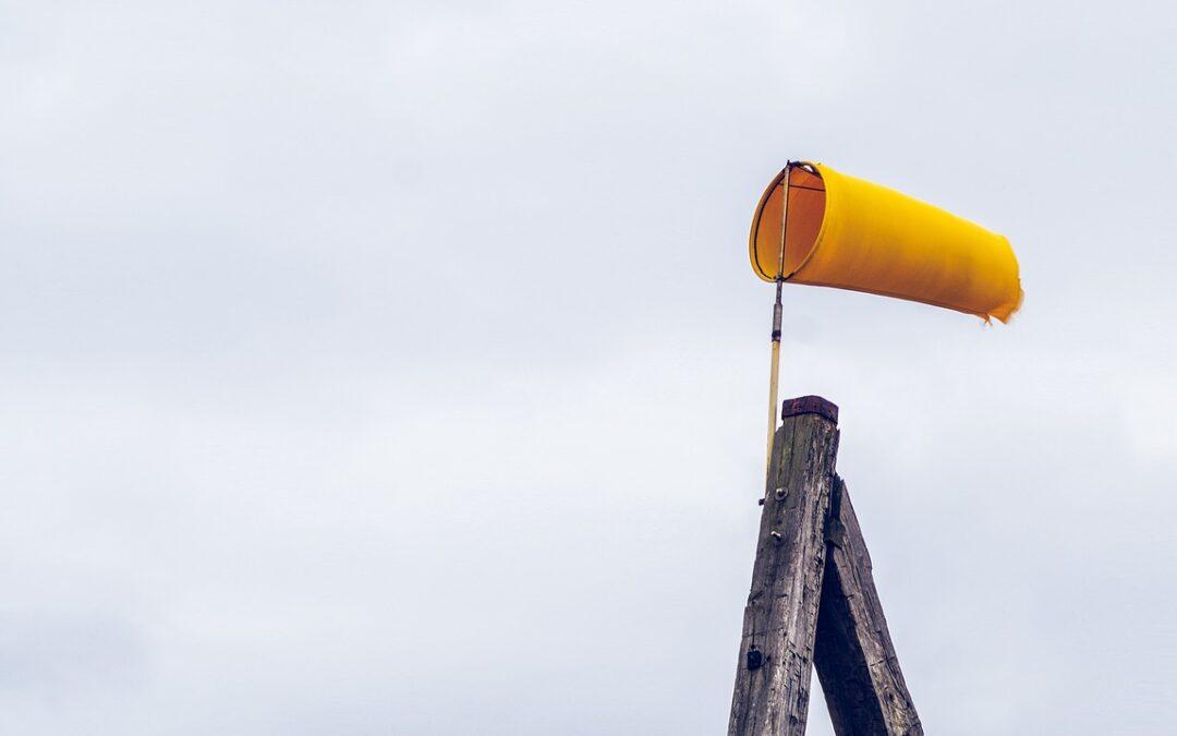 Elsőfokú riasztást adott ki az erős szél veszélye miatt a meteorológiai szolgálat