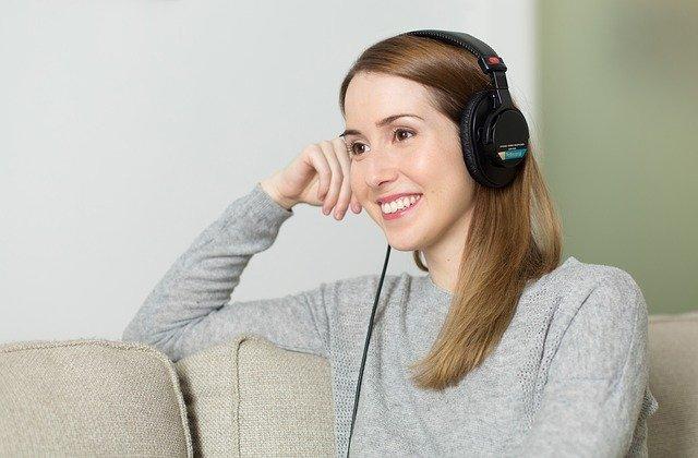 Zenei és prózai hangfelvételeket tett elérhetővé az OSZK