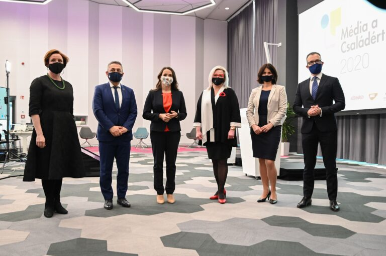 Átadták a magyarországi és külhoni Média a Családért-díjakat