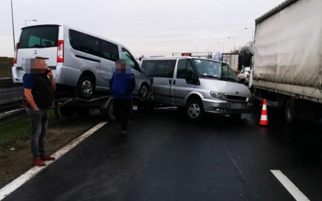 Baleset az M0-ás autópályán a diósdi csomópontjánál