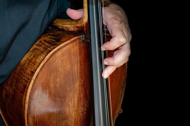 Ingyenes online Kaláka koncert és Kosztolányi-est