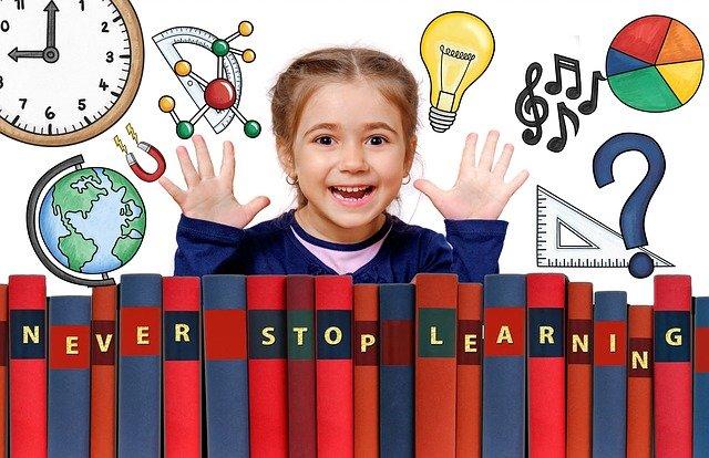 Játsszunk helyesírást! – Fejlesztő társasjáték az egész családnak