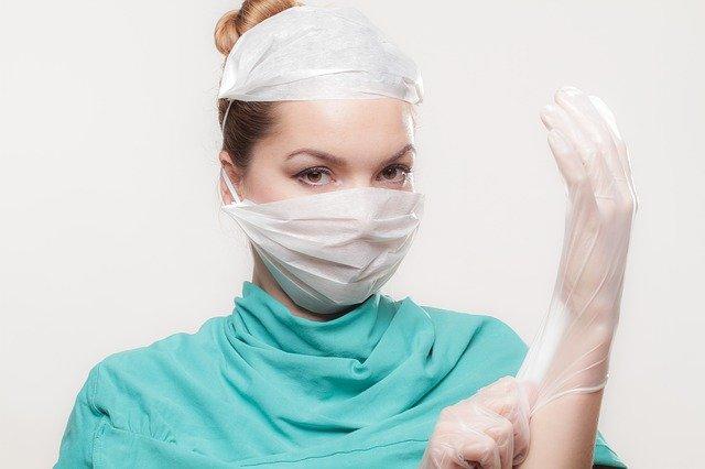 Egészségügyi tanuló vagy végzettségű ÖNKÉNTESEK jelentkezését várja a Kórházi Főigazgatóság!