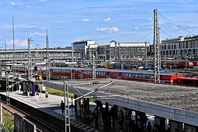 A hétvégi óraátállítás néhány éjszakai belföldi és nemzetközi vonatot érint