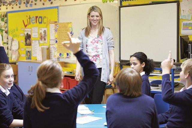 Hamarosan kezdik a pedagógusok kampányszerű oltását – Hétfő éjfélig várják a jelentkezéseket!
