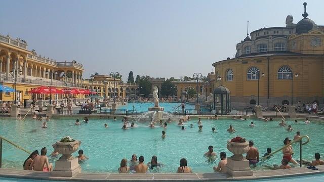 Hétfőtől újra elérhetőek a gyógykezelések négy budapesti fürdőben