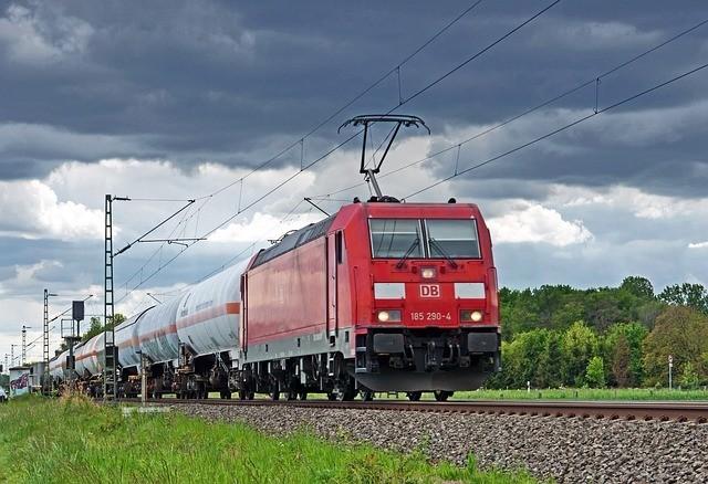 Új, a fővárost délről elkerülő teherszállító vasútvonal épülhet
