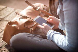 Már mobilapplikáción is kereshetnek önkéntes fogadóhelyeket a fiatalok