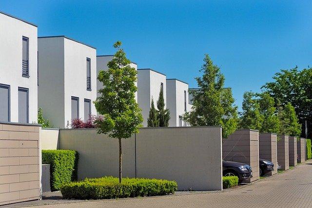 """""""Menekülés vidékre"""" – inkább helyrajzi változásokat hozott a válság az ingatlanpiacon"""