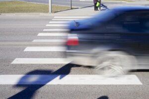 Balesetmegelőzési ellenőrzést tart a rendőrség a gyalogosok védelmében