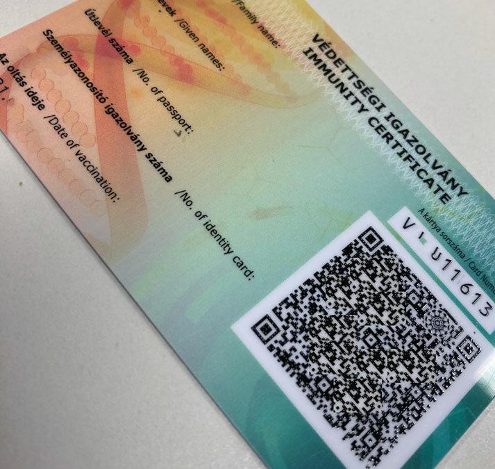 Egyre több ország fogadja el a magyar védettségi igazolványt