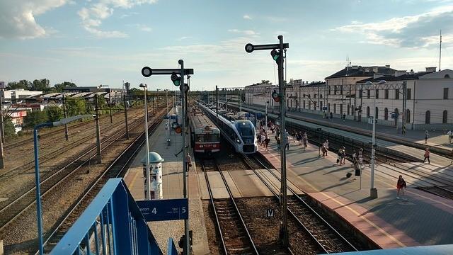 A győri  fő vasúti vonalon nőtt a menetidő