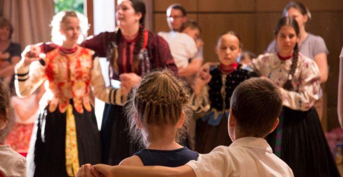 Végre táncház! – Kicsiknek és nagyoknak