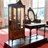 Megérkeztek Erzsébet királyné személyes bútorai a gödöllői kastélyba