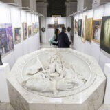 NEK - Szent István öröksége címmel látható tárlat a Szent István-bazilika altemplomában